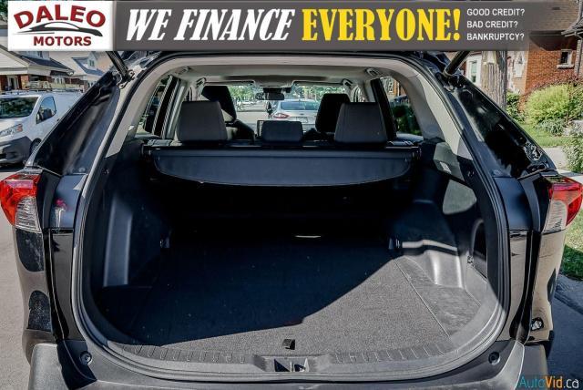 2020 Toyota RAV4 XLE / AWD / PANO ROOF / BACK UP CAM / HEATED SEATS Photo27