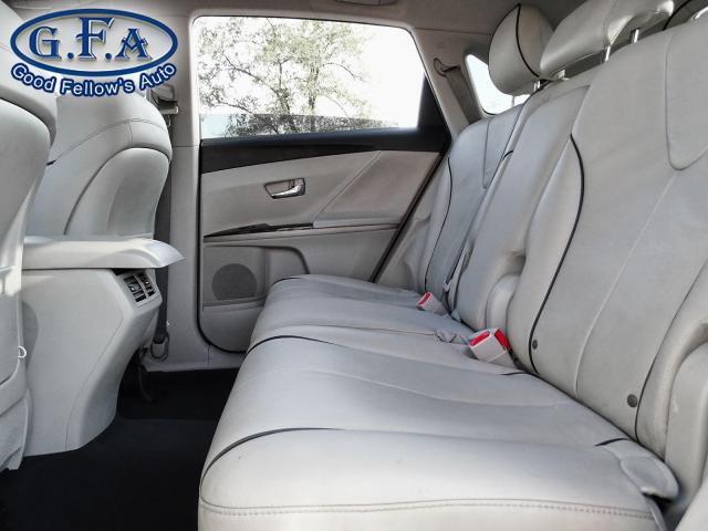 2011 Toyota Venza BASE MODEL, LEATHER SEATS, BACKUP CAMERA, PANROOF
