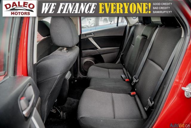 2013 Mazda MAZDA3 3 / HEATED SEATS / USB INPUT / AM/FM/CD / Photo12