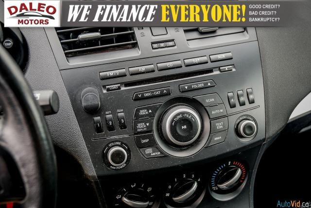 2013 Mazda MAZDA3 3 / HEATED SEATS / USB INPUT / AM/FM/CD / Photo19