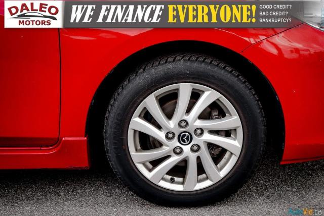2013 Mazda MAZDA3 3 / HEATED SEATS / USB INPUT / AM/FM/CD / Photo24