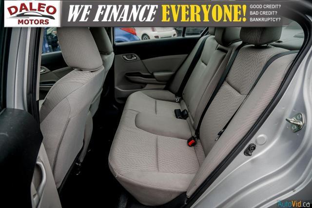 2015 Honda Civic LX / BUCKET SEATS / HEATED SEATS / BACKUP CAM / Photo12