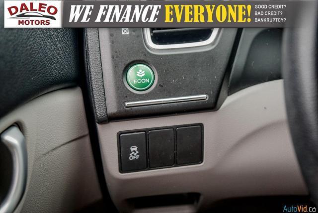 2015 Honda Civic LX / BUCKET SEATS / HEATED SEATS / BACKUP CAM / Photo19