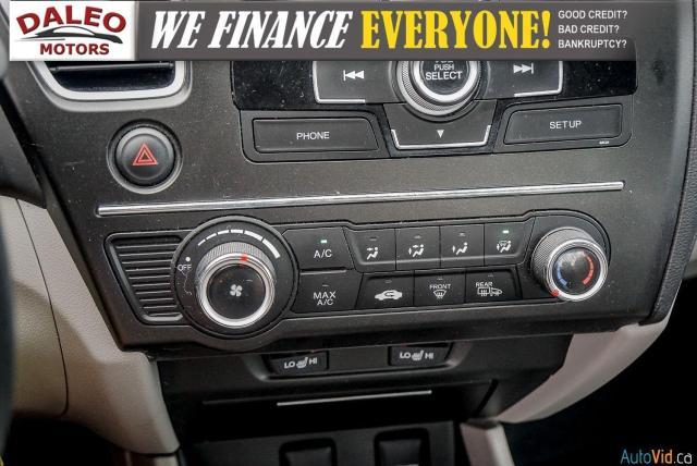 2015 Honda Civic LX / BUCKET SEATS / HEATED SEATS / BACKUP CAM / Photo21