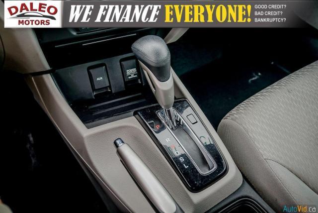 2015 Honda Civic LX / BUCKET SEATS / HEATED SEATS / BACKUP CAM / Photo23