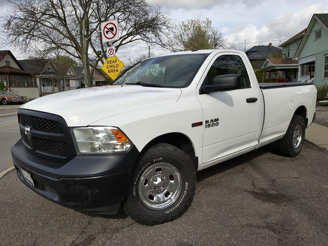 2015 RAM 1500 8Ft Box 4x4 DIESEL Very Economical Extra Clean Con