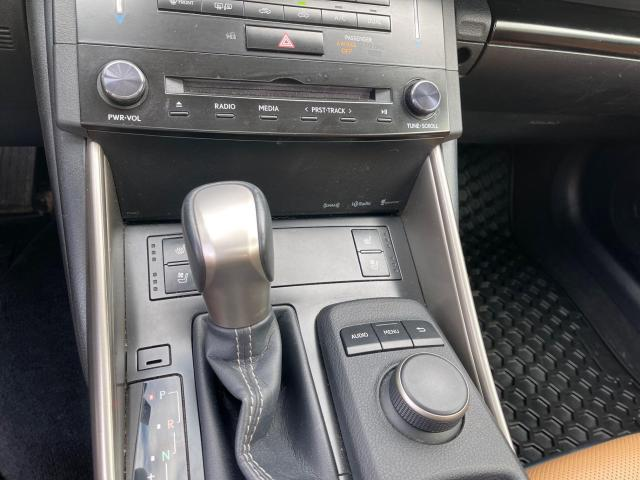 2014 Lexus IS 250 Premium  AWD Leather/Sunroof/Rear Camera Photo16