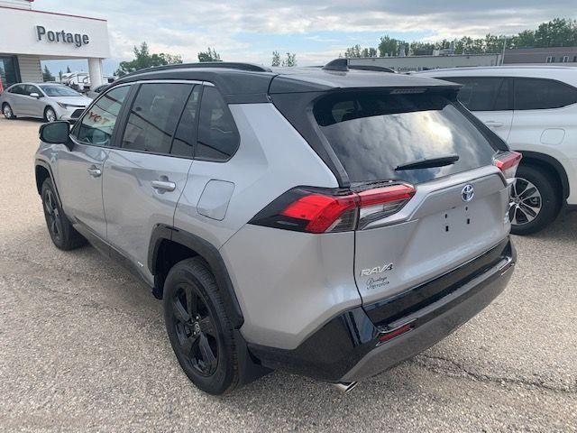 2021 Toyota RAV4 Hybrid XLE AWD with XSE Tech Pkg