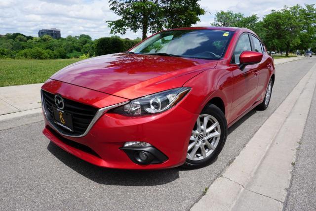 2015 Mazda MAZDA3 ONE OWNER / NO ACCIDENTS / NAVI / 6SPEED MANUAL