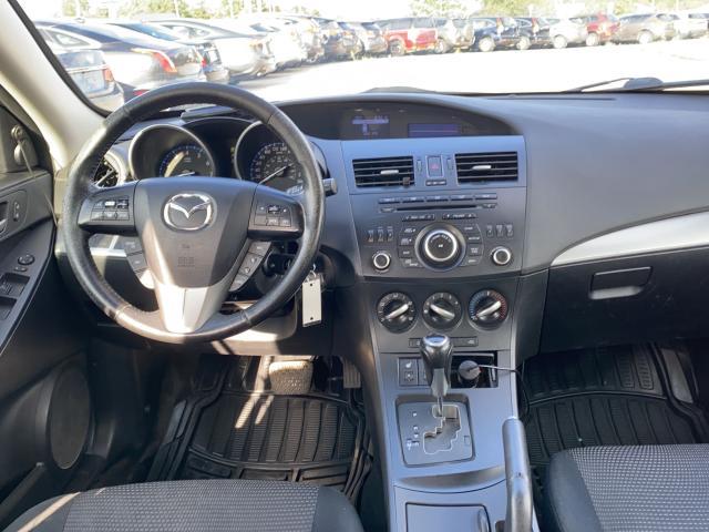 2013 Mazda MAZDA3  Photo11