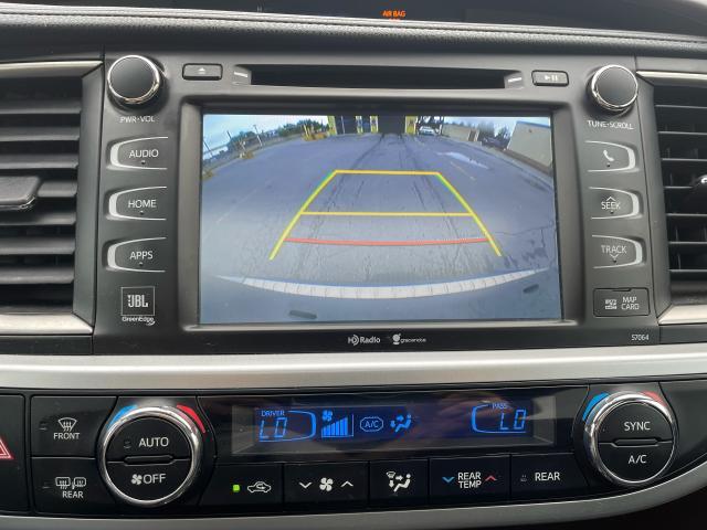 2015 Toyota Highlander Hybrid Limited Navigation  Panoramic Sunroof  Camera Photo15