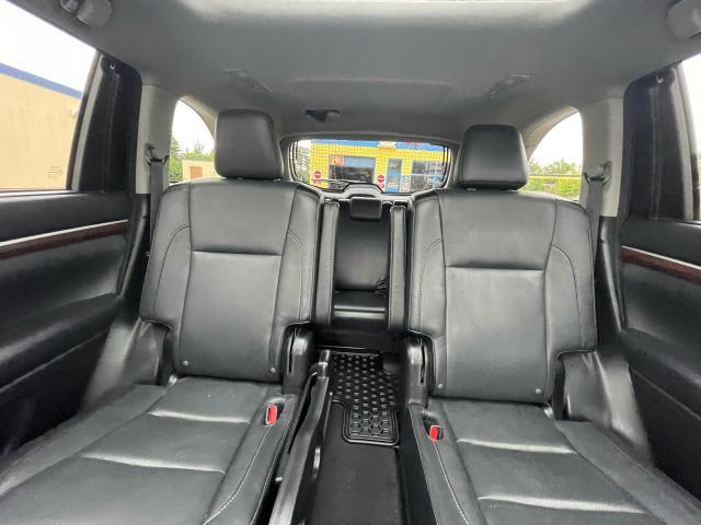 2015 Toyota Highlander Hybrid Limited Navigation  Panoramic Sunroof  Camera Photo12