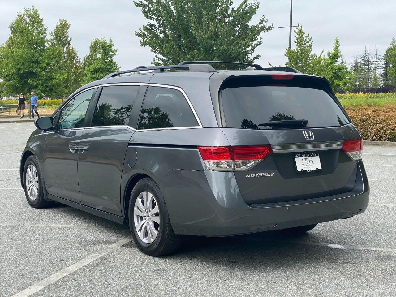 2015 Honda Odyssey EX-L Photo5