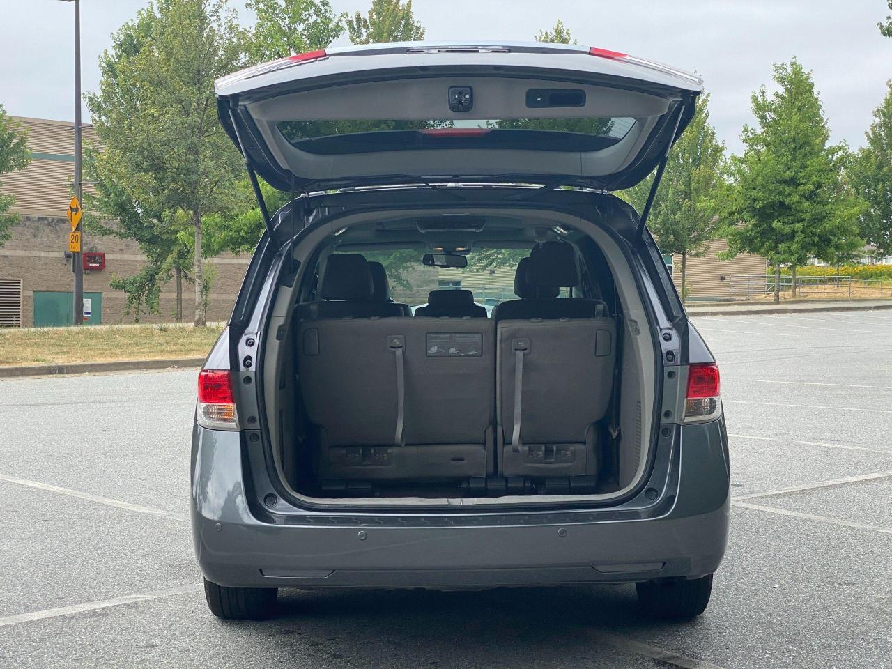 2015 Honda Odyssey EX-L Photo7