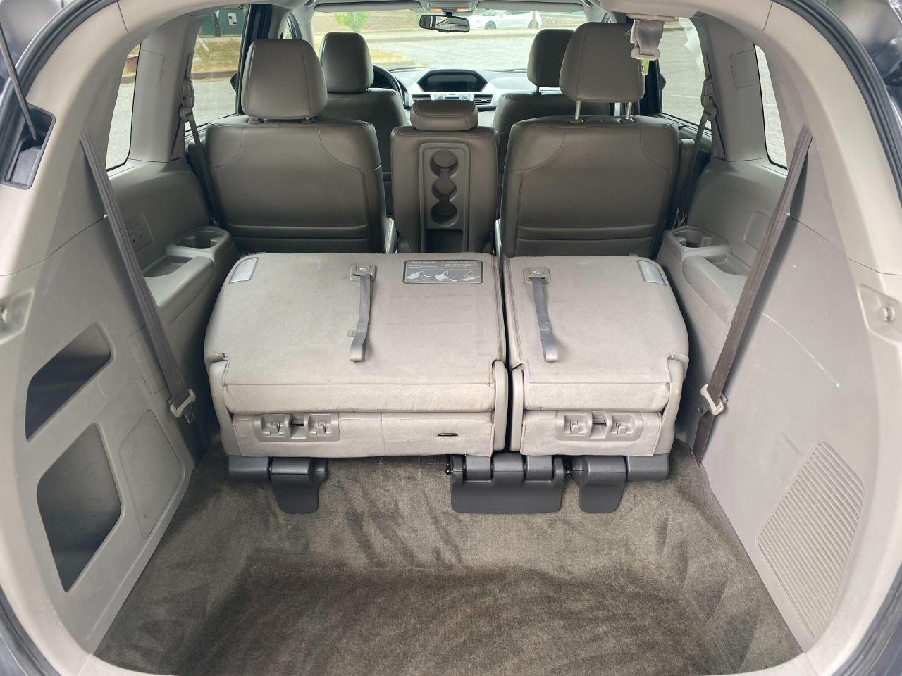 2015 Honda Odyssey EX-L Photo13