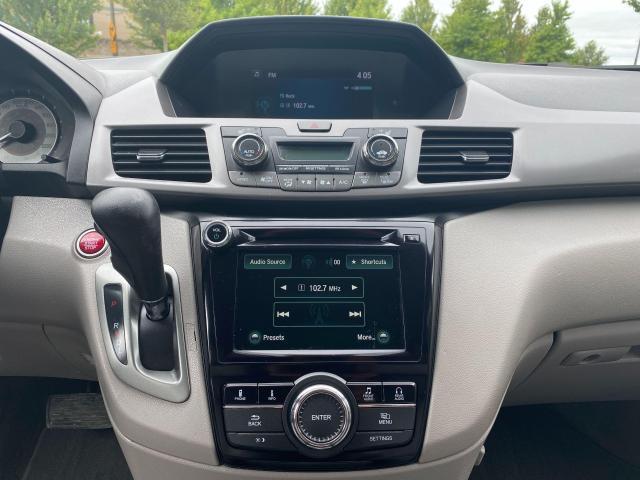 2015 Honda Odyssey EX-L Photo20