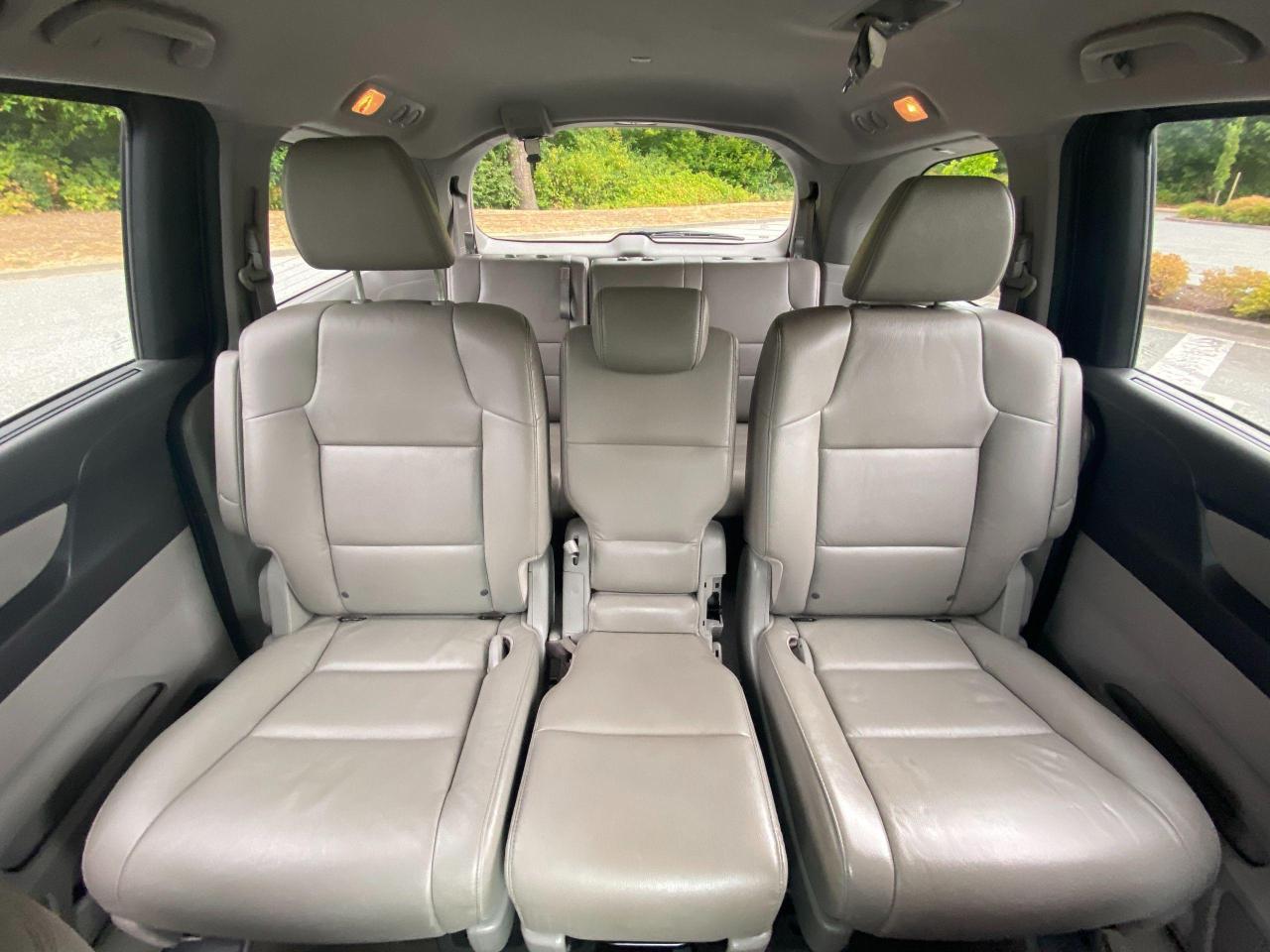 2015 Honda Odyssey EX-L Photo24