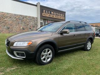 Used 2012 Volvo XC70 PREMIER PKG LEATHER  SUNROOF ALLOY BLUETOOTH for sale in North York, ON