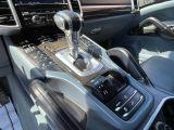 2012 Porsche Cayenne Premium  AWD NAVIGATION /SUNROOF /CAMERA Photo31