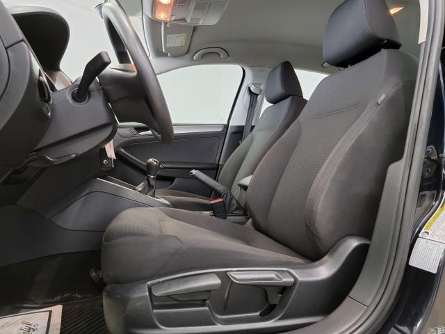 2015 Volkswagen Jetta 4dr 2.0L Man Trendline+ Photo8