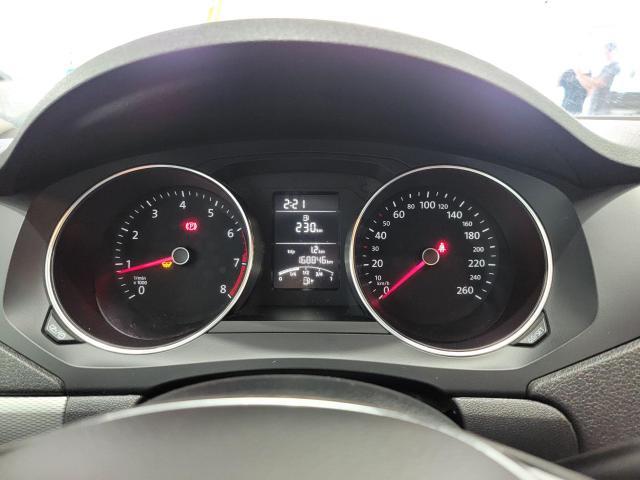 2015 Volkswagen Jetta 4dr 2.0L Man Trendline+ Photo14