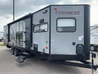 Used 2015 Forest River Cherokee 274VFK for sale in Whitby, ON