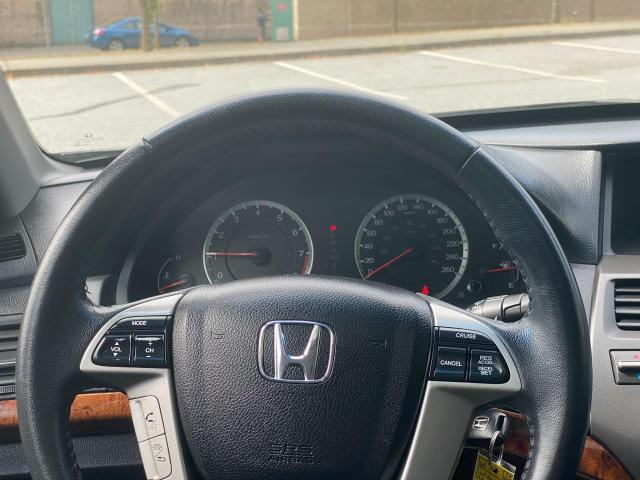 2012 Honda Accord EX-L Photo13