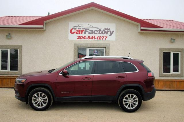 2019 Jeep Cherokee One Owner, Clean Carfax, 4x4