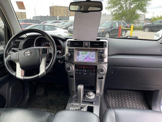 2012 Toyota 4Runner Limited  Navigation /Sunroof/7 Passengers Photo9