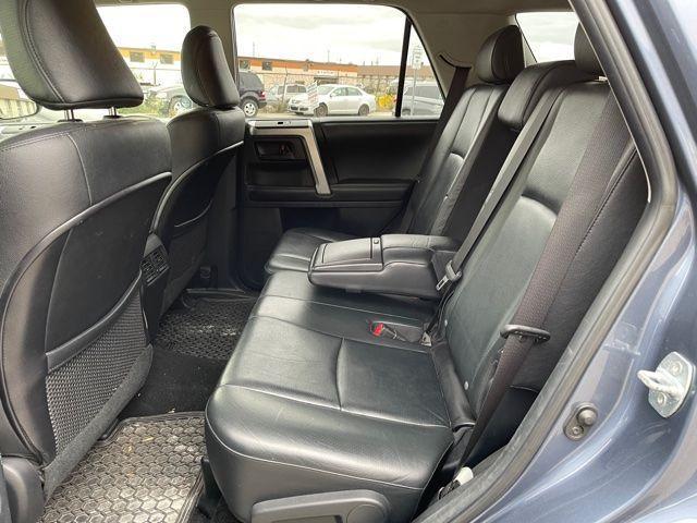 2012 Toyota 4Runner Limited  Navigation /Sunroof/7 Passengers Photo12