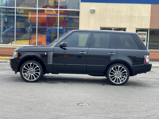 2011 Land Rover Range Rover HSE Navigation /Sunroof /DVD/Camera Photo4
