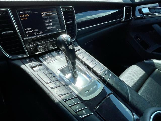 2014 Porsche Panamera S E-Hybrid Navigation /Sunroof /Camera Photo12