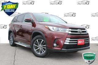 Used 2017 Toyota Highlander XLE 7 passenger leather pano roof navi awd for sale in Hamilton, ON