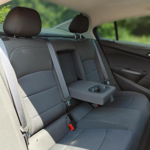 2018 Chevrolet Cruze LT Auto HEATED SEATS/ BACKUP CAMERA/ KEYLESS ENTRY/ POWER WINDOWS AND LOCKS