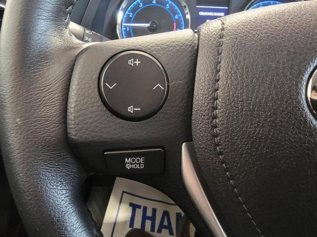 2018 Toyota Corolla LE Photo11