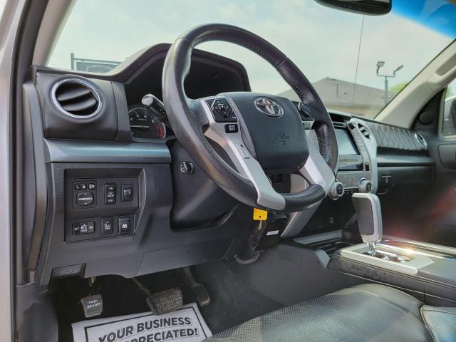 2014 Toyota Tundra Platinum Photo12