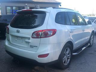 Used 2010 Hyundai Santa Fe GL W/SPORT for sale in Scarborough, ON