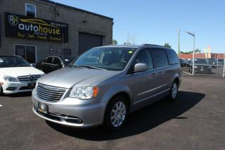 Used 2013 Chrysler Town & Country V6/STOW-N-GO/TOURING/BACKUP CAMERA/7-SEATER/ACCIDENT FREE for sale in Newmarket, ON