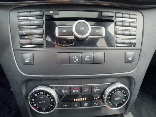 2014 Mercedes-Benz GLK-Class GLK 250 BlueTec Navigation/Pano Roof/Camera Photo17