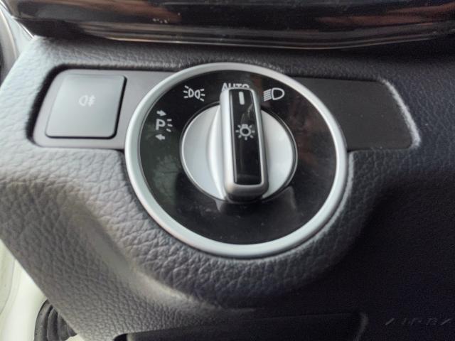 2014 Mercedes-Benz GLK-Class GLK 250 BlueTec Navigation/Pano Roof/Camera Photo15