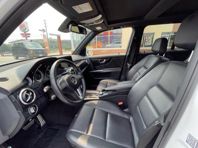 2014 Mercedes-Benz GLK-Class GLK 250 BlueTec Navigation/Pano Roof/Camera Photo11