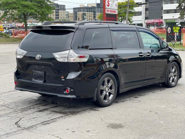 2015 Toyota Sienna SE Navigation/Sunroof/DVD/Leather Photo5