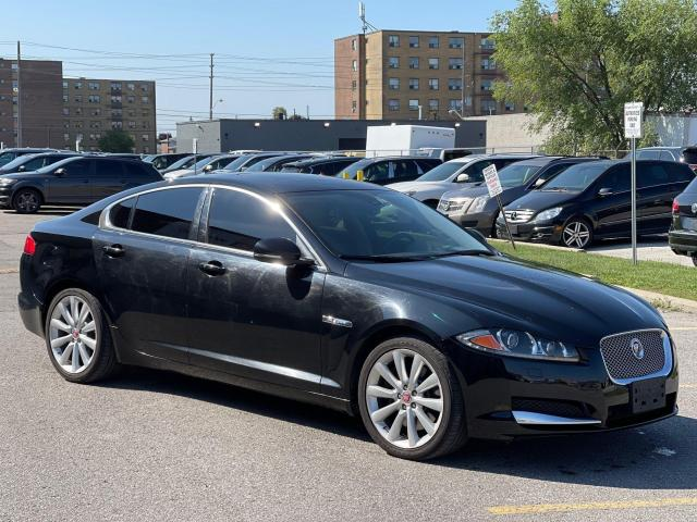 2014 Jaguar XF Premium  AWD  Navigation/Camera /Sunroof Photo3