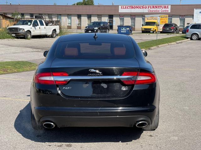 2014 Jaguar XF Premium  AWD  Navigation/Camera /Sunroof Photo6