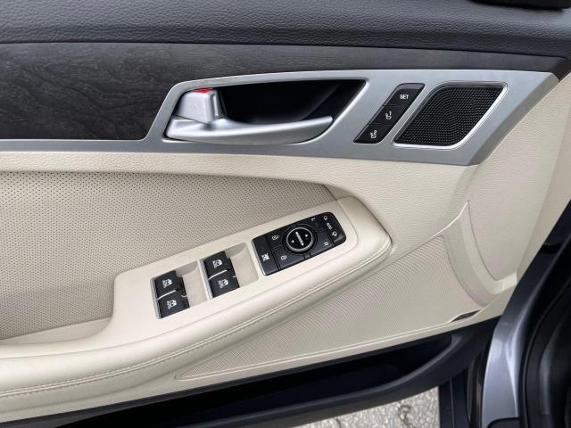 2015 Hyundai Genesis TECH PKG AWD NAVIGATION/HUD/BLIND SPOT Photo12