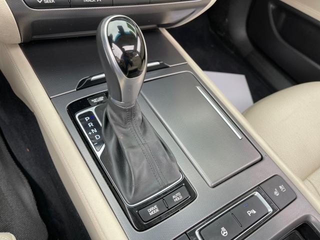 2015 Hyundai Genesis TECH PKG AWD NAVIGATION/HUD/BLIND SPOT Photo18