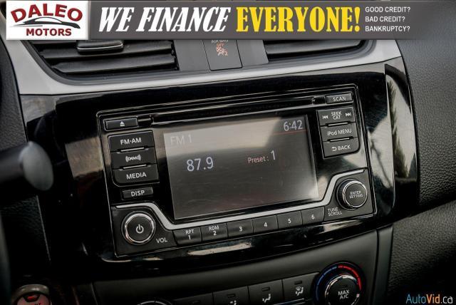 2017 Nissan Sentra SV / BACKUP CAM /  POWER MOONROOF / HEATED SEATS Photo22