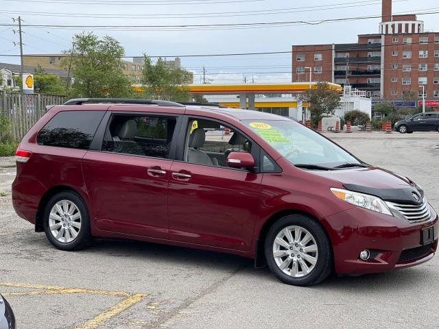 2013 Toyota Sienna Limited   Navigation/Panoramic Sunroof/DVD/Leather Photo4