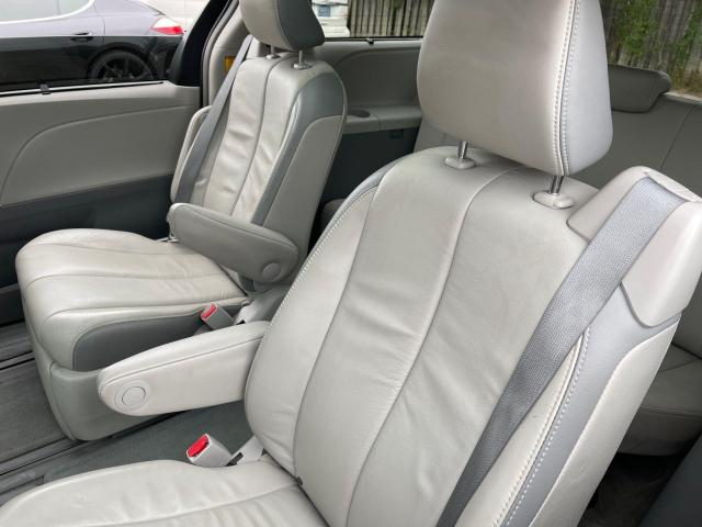 2013 Toyota Sienna Limited   Navigation/Panoramic Sunroof/DVD/Leather Photo10