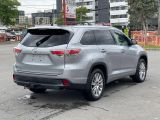 2016 Toyota Highlander XLE Navigation /Sunroof /Camera /8 Pass Photo22